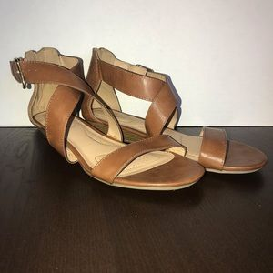 Dexflex Comfort Brown Kitten Heel sandals